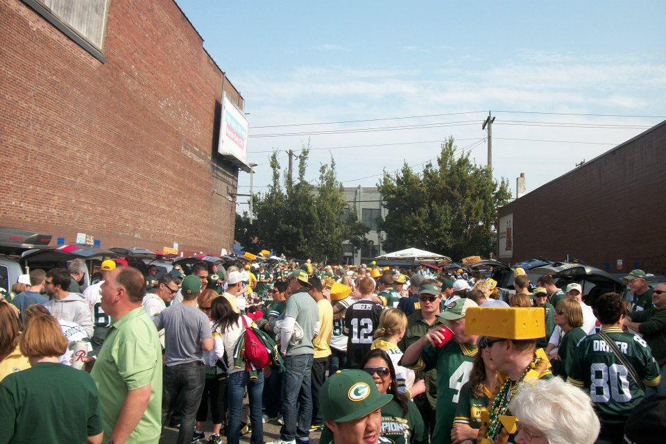 Seattle's biggest Packer Tailgate! Who is joining us this time?